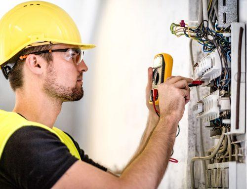 Qué herramientas eléctricas facilitan el trabajo del electricista